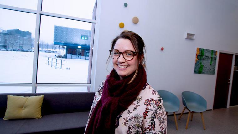 – Som helsesykepleier ser jeg frem til å jobbe mer helsefremmede og forebyggende med barn og ungdom, sier Ina Marie Røed Røsnæs.