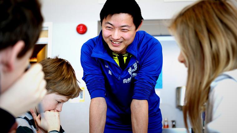 Nettstudent: Anders Ødegården tar grunnskolelærerutdanning trinn 1 til 7 ved USN som nettstudier, og har praksisen sin ved Lommedalen skole i Bærum.