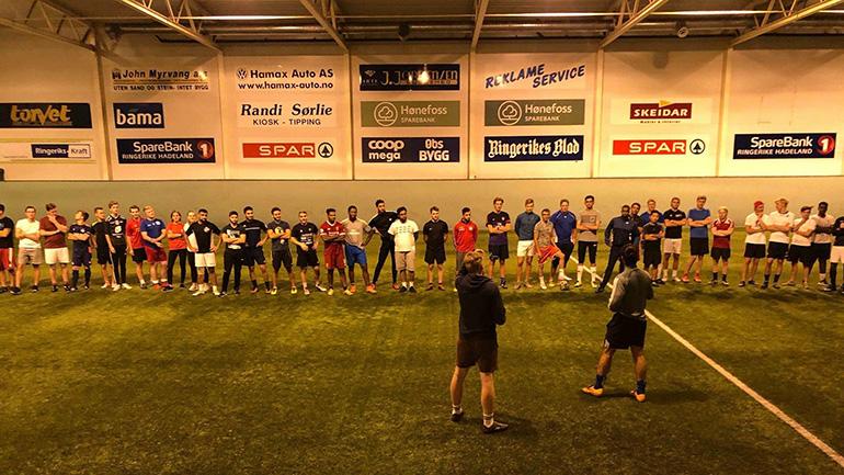 Studentidretten i Ringerike arrangerer fotballtrening