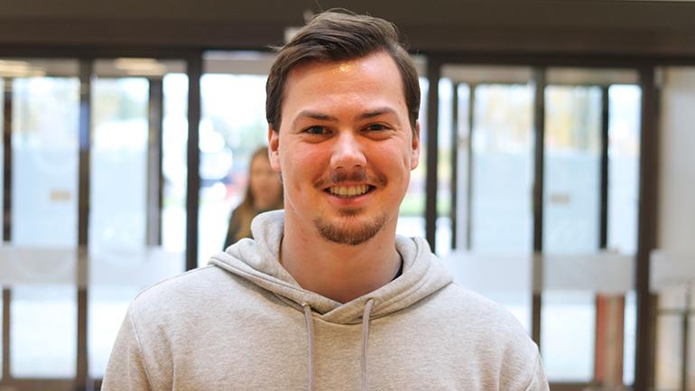 Magnus Erga studerer idrettsvitenskap på USN campus Bø.