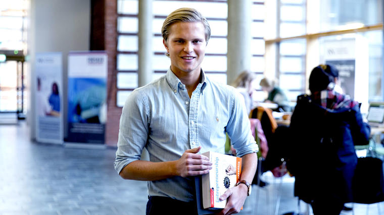 Våre studenter på Master Information Systems og studenter på Master of Business Administration ved Texas Tech University har muligheten til å oppnå to mastergrader på kortere tid enn normalt.