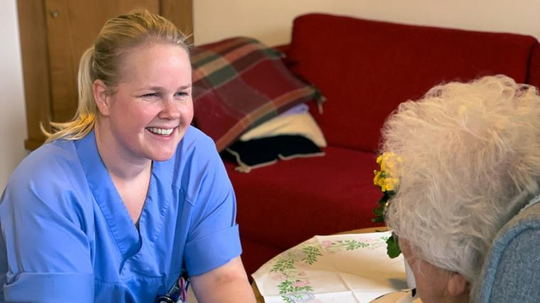Ragnhild Bjerknes Bærug tar en master innen geriatri